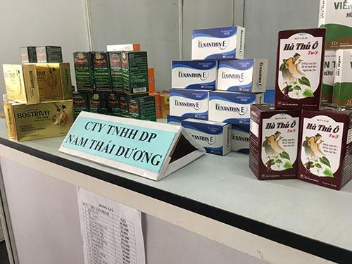 dược phẩm nam thái dương trưng bày tại hội chợ tiêu dùng quận tân bình